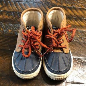 OshKosh Boots Toddler Size 5